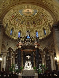 Altar in St. Paul's Cathedral, St. Paul, Minnesota.