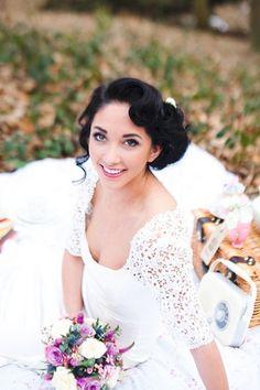 Her eyes are gorgeous! ---bloved-wedding-blog-styled-shoot-inspiration-vintage-romance-tatum-reid-photography (22)