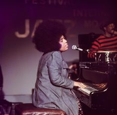 """"""" at the 1973 Montreux Jazz Festival, by Tom Hanley Jazz Music, Music Icon, Soul Music, Montreux Jazz Festival, Best R&b, Roberta Flack, Where Is The Love, R&b Soul, Sweet Soul"""