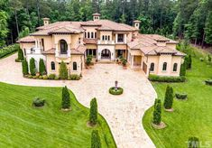 Do you live for your house? Ranch House Plans, Luxury Homes Dream Houses, Luxury Homes Interior, Home Interior Design, Dream Homes, Exterior Design, Rich Home, Property Search, Mansions For Sale