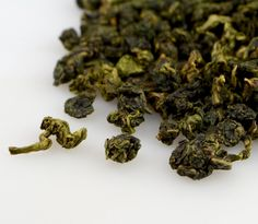 A delicious, easy-to-love Taiwan high mountain #oolong #tea.