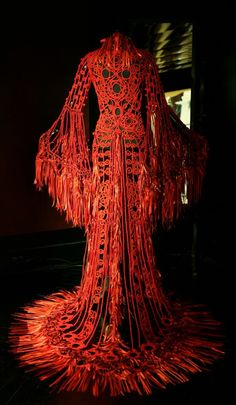 Amazing work. Red ribbon macramé gown. Franck Sorbier: collection Haute Couture AW 09/10