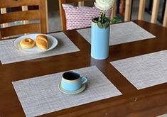 Dining Table Placemats, Patio Table, Lily King, Place Mats, Cool Bars, Kitchen Dining, Table Decorations, Simple, Things To Sell
