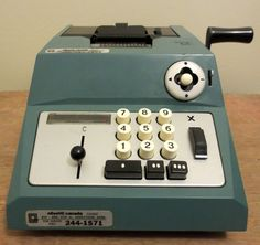 Vintage Adding Machine - Olivetti Summa PRIMA 20, S/N 430302 - Office Equipment - Calculators