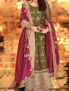 Party Wear Indian Dresses, Pakistani Fashion Party Wear, Desi Wedding Dresses, Pakistani Wedding Outfits, Designer Party Wear Dresses, Kurti Designs Party Wear, Dress Indian Style, Indian Designer Outfits, Bride Dresses