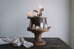 Gingerbread Whisky Cake with Brown Sugar Swiss Meringue Buttercream and Milk Chocolate Ganache – butter and brioche