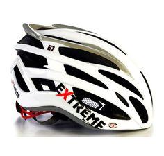 Extreme E1 Blanco, un casco versátil, válido tanto para su uso con bicicleta de carretera como para montaña. La ligereza de este casco (150 gramos sin correas) se hace notar desde el momento de cogerlo. Las cinco aberturas frontales garantizan el suministro de aire fresco, y además, dispone de almohadillas Coolmax interiores, y rejilla anti-insectos. Precio: 89,95 €