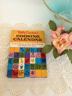Vintage 1960s Betty Crocker's Cooking Calendar cookbook. A day-by-day cookbook to meal planning with recipes, menus, and helpful tips to create the perfect meal anytime of the year!