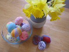 Melted Crayon Easter Eggs. Simple and Fun