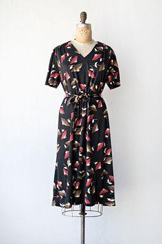 vintage 1970s black red brown fan print dress