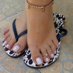 Check it out. Toe Nail Color, Toe Nail Art, Toe Nails, Nice Toes, Pretty Toes, Sexy Nails, Sexy Toes, Feet Soles, Women's Feet