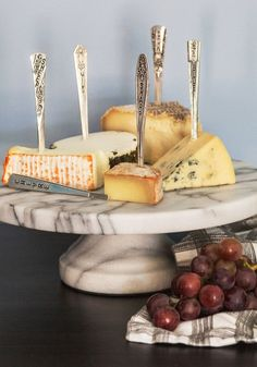 With the Greatest of Cheese Marker Set. Easily and elegantly inform guests of your gourmet cheese selection with this sleek set of cheese markers! #silver #wedding #modcloth