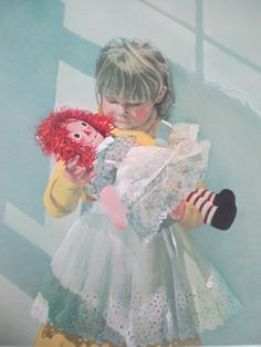"""""""RAGGEDY ANN"""" by Carolyn Blish 1979 Signed & Numbered 805/1500"""