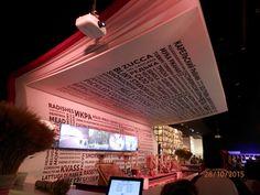 (foto di Purple) EXPO 2015, Milano, Italy. bar a forma di libro situato all'interno del padiglione della Russia. bellissima idea!