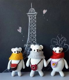 Three Bears get to go to on vacation in Paris Free ship by ArayaM, $35.00