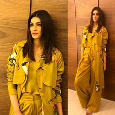 -mendhi -without the trench Fashion Show Dresses, Frock Fashion, Fashion Outfits, Party Wear Dresses, Casual Dresses, Casual Outfits, Casual Wear, Yellow Maxi Skirts, New Dress Pattern