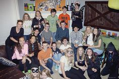 Teen Halloween Party Ideas that create more unity with fun activities like candy corn toss, donuts on a string, and get to know you games. Easy Halloween Costumes, Halloween Games, Couple Halloween, Halloween Projects, Diy Costumes, Diy Projects, Teen Halloween Party, Holidays Halloween, Scary Decorations