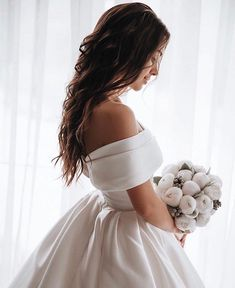 Off-the-shoulder Satin Ball Gown Wedding Dress with Beaded Appliques Train Engagement and Hochzeitskleid Hochzeitskleid Off-the-shoulder Lace Ruffled Wedding Dress Ball Gown with Sleeves Engagement and Hochzeitskleid 2019 Wedding Dress Tea Length, Perfect Wedding Dress, Dream Wedding Dresses, Gown Wedding, Wedding Ceremony, Grecian Wedding, Wedding Frocks, Ivory Wedding, Ball Dresses