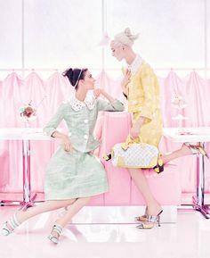 Campanha de verão 2012 da Louis Vuitton por Steven Meisel.