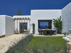 Une maison blanche à Ibiza - PLANETE DECO a homes world