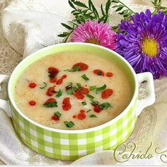 Wedding Soup with Chicken Videolu Tarif Fish And Meat, Fish And Seafood, Turkish Recipes, Italian Recipes, Turkey Today, Turkish Sweets, Turkish Kitchen, Wedding Soup, Fresh Fruits And Vegetables