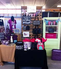 Awesome Thirty-One vendor display!