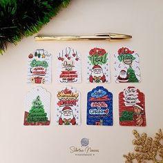 """Sabrina Novaes Handmade no Instagram: """"Tag's de Natal para colocar no seu presente 🎁 Kit com 16 unidades por R$5,00 Valores e tamanhos disponíveis em uma tabela nos destaques…"""""""