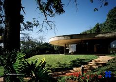 Decio Tozzi /// Carmen Heloísa Ferraz Carvalhal Gonçalves Residence /// Ponta do Paruru, Ibiuna, São Paulo, Brazil /// 1977