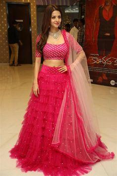Indian Hot Actress Vedhika In Red Lehenga Choli Blouse Lehenga, Lehnga Dress, Red Lehenga, Bridal Lehenga Choli, Indian Lehenga, Indian Gowns, Ghagra Choli, Anarkali, Choli Designs