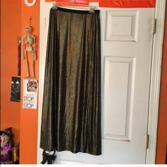 gold maxi skirt -Items do come from a pet friendly home (1dog-1cat) in case anyone is allergic and needs to know! Forever 21 Skirts Maxi