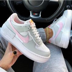 Uploaded by frankie. Find images and videos about shoes, nike and sneakers on We Heart It - the app to get lost in what you love. Tenis Air Force, Zapatillas Nike Air Force, Nike Shoes Air Force, Air Force Sneakers, Sneakers Fashion, Fashion Shoes, Shoes Sneakers, Dubai Fashion, Kd Shoes