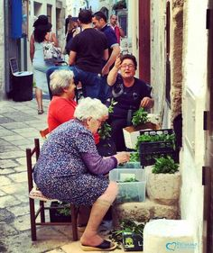 Never losing his #smile and the #happiness...this is the greatest message that an elder may give us to go on every day!!  https://instagram.com/p/-gaPbxgx0p/  #polignanomadeinlove #ilovepolignanoamare #oldstreet #oldtown #life #gioia #WeAreInItaly #WeAreInPuglia #weareinpolignano #visitpuglia #discoveringpuglia #polignanolovers #bestoftheday #instalike #instadaily #instagood #photooftheday #motivational