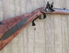 Tennesse Bean rifle by Sitting Fox Muzzleloaders Fox Hunting, Hunting Rifles, Percussion Cap, Flintlock Rifle, Flint And Steel, Black Powder Guns, Colonial Art, Longhunter, Long Rifle