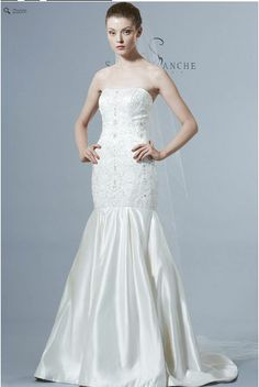 Saison Blanche Wedding Gown - Couture Collection - Style #4212