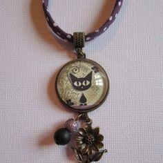 """Collier """"chaton et fleurs"""", cabochon bronze, bijou fantaisie"""