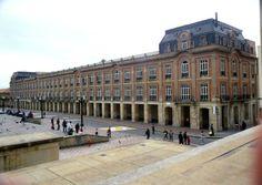 El Palacio Liévano es un edificio que se encuentra en el costado occidental de la Plaza de Bolívar de Bogotá (Colombia). Este es el lugar en donde funciona desde 1910 la Alcaldía Mayor de Bogotá.