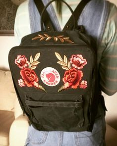 DIY fjällräven kånken, iron on patches, floral ♡