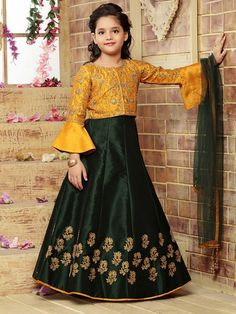 Green and yellow raw silk fabric party lehenga choli Girls Dresses Sewing, Frocks For Girls, Gowns For Girls, Dresses Kids Girl, Girls Frock Design, Kids Frocks Design, Kids Lehanga Design, Kids Party Wear Dresses, Party Wear Frocks