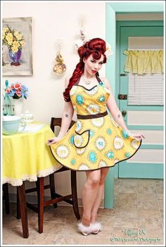 Parisian Tapestry Harlow Apron from Cupcake Provocateur- love it!