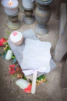 ©Julie Siddi - Un mariage colore - Shooting inspiration - La mariee aux pieds nus | la mariee aux pieds nus