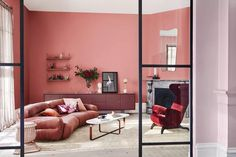 Dulux colour expert Andrea Lucena-Orr forecasts the top four colour trends for 2019 for interior paint and decorating, who they're suited to and what room to use them in. Interior Paint Colors, Gray Interior, Decor Interior Design, Interior Decorating, Paint Colours, Interior Painting, Decorating Games, Wall Colors, Casa Bonay