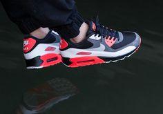 "Nike Air Max 90 ""Reverse Infrared"""