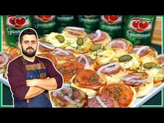 MINI PIZZA CASEIRA - A RECEITA MAIS FÁCIL DA INTERNET - YouTube Mini Pizzas, Como Fazer Mini Pizza, Pepperoni, Sausage, Meat, Chicken, Internet, Youtube, Desert Recipes
