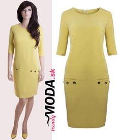 Žlté šaty s vreckami a ozdobnými cvokmi - trendymoda.sk