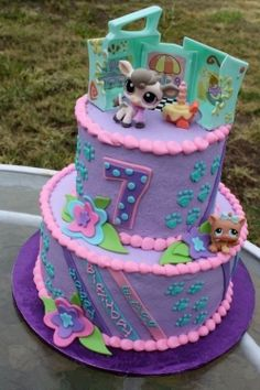 Are you looking for Littlest Pet Shop birthday cake and cupcake ideas? If so you are at the right place. Your little girl will be over the moon...