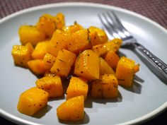 Gluten-Free Roasted Butternut Squash, truly amazing! Low fat, low cal and healthy http://www.glutenfreerecipes-simple.com/#!roasted-butternut-squash/c1259