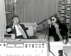 Howard Cosell and John Lennon...awesome people hanging out together