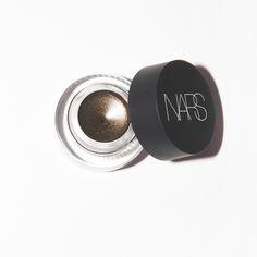 Nar Eye Paint in Baalbek
