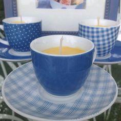 bougie dans une petite tasse a café de la boutique scrappydooandglue sur Etsy