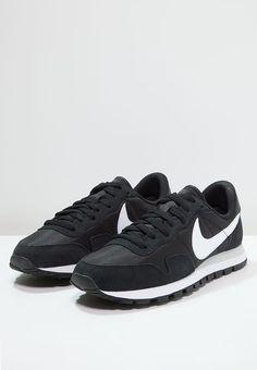 on sale 42422 3eb7c AIR PEGASUS 83 - Trainers - black white pure platinum white   Zalando.co.uk  🛒. Nike ...